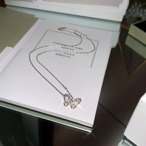 VanCleef & Arpels Necklace-11