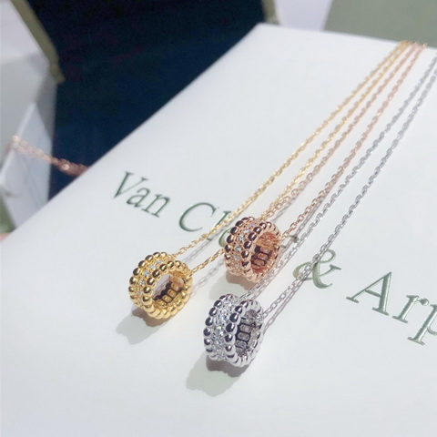 VanCleef & Arpels Necklace-12