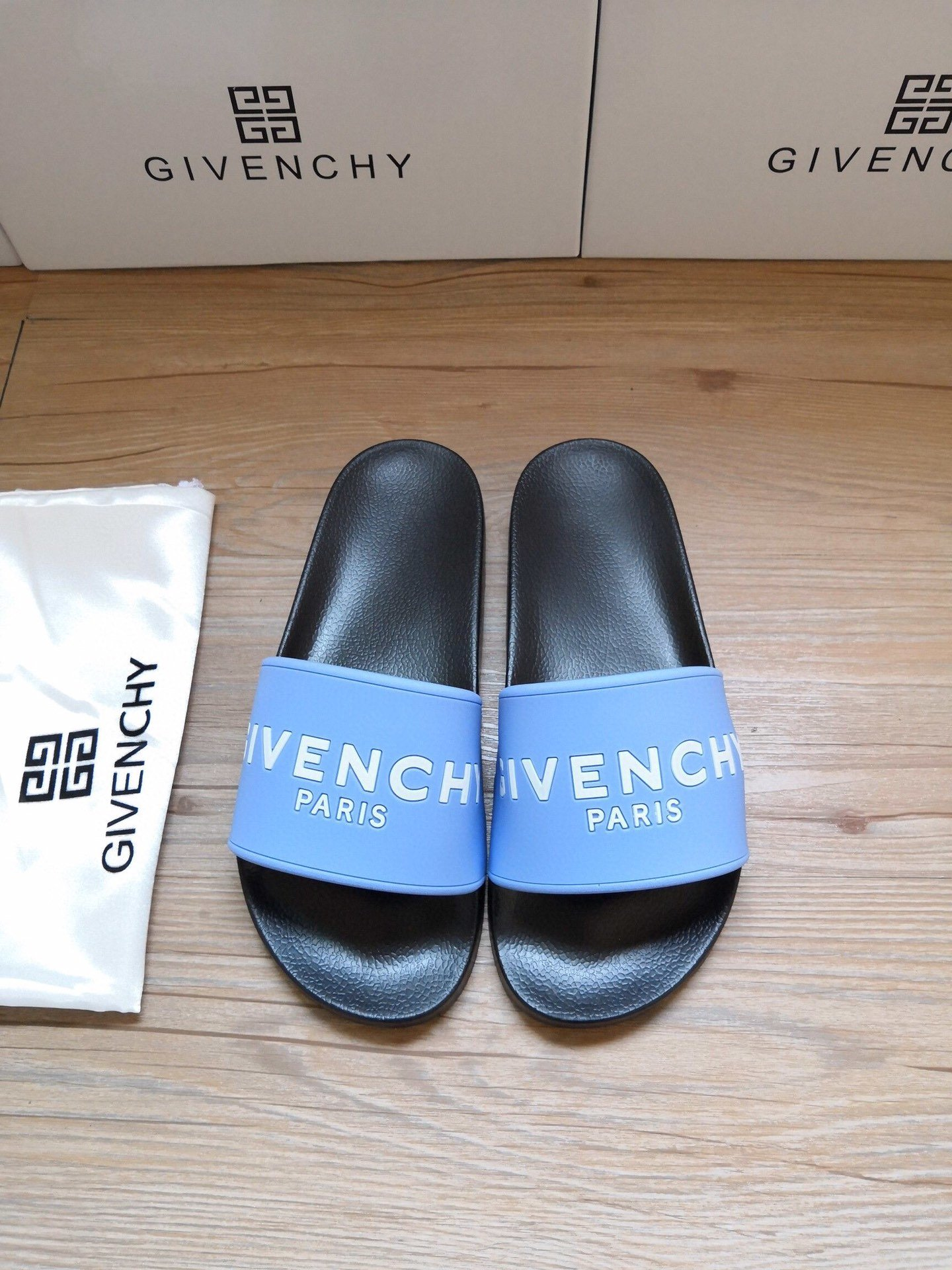 Givenchy Shoes-27